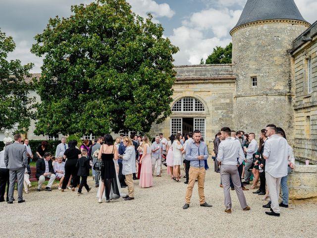 Le mariage de Kevin et Aurélie à Bordeaux, Gironde 91