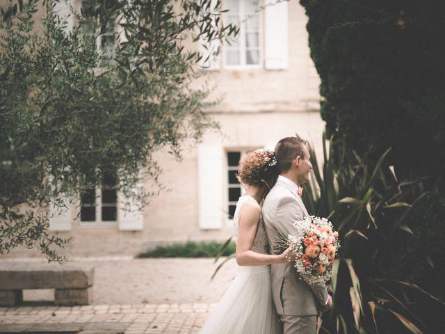 Le mariage de Yoann et Lisa à Beaucaire, Gard 30