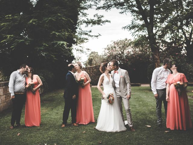 Le mariage de Yoann et Lisa à Beaucaire, Gard 51