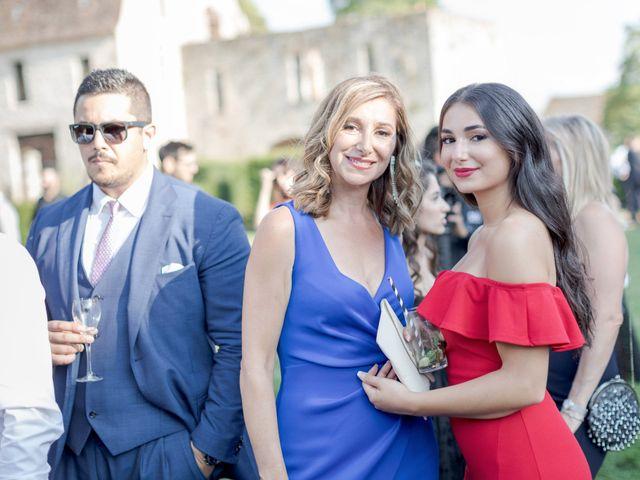 Le mariage de Christ et Marina à Vallery, Yonne 24