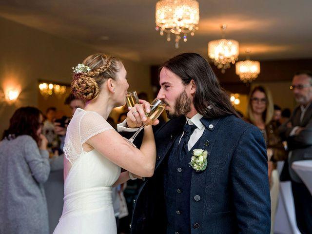 Le mariage de Davy et Emmanuelle à Assevent, Nord 44