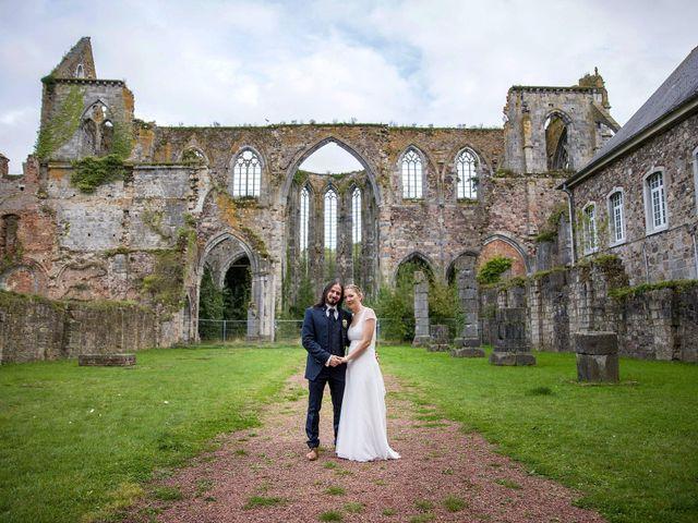Le mariage de Davy et Emmanuelle à Assevent, Nord 2