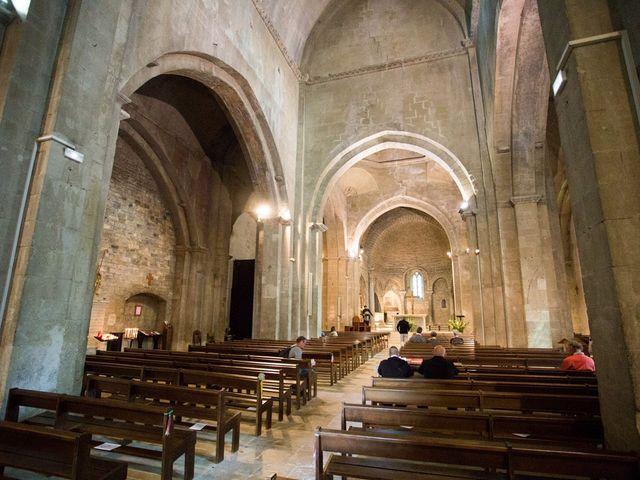 Le mariage de Romain et Sarah à Vaison-la-Romaine, Vaucluse 19
