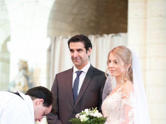 Le mariage de Alberto et Christina à Morienval, Oise 3