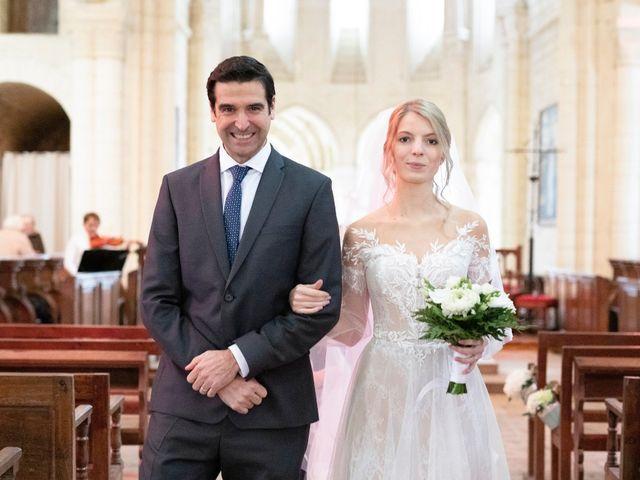 Le mariage de Alberto et Christina à Morienval, Oise 2