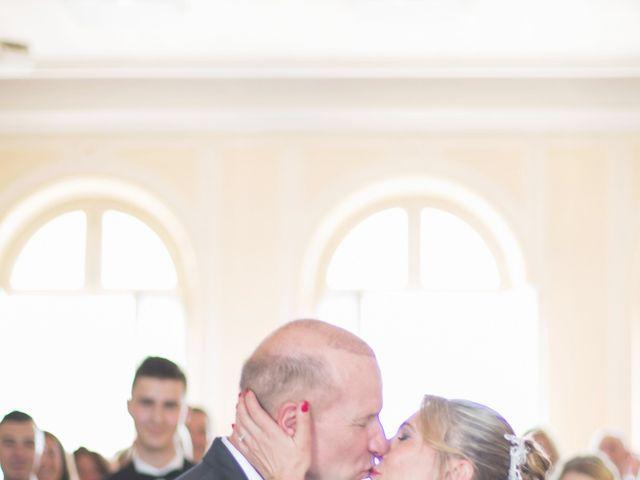 Le mariage de Gérard et Nathalie à Meulan, Yvelines 14