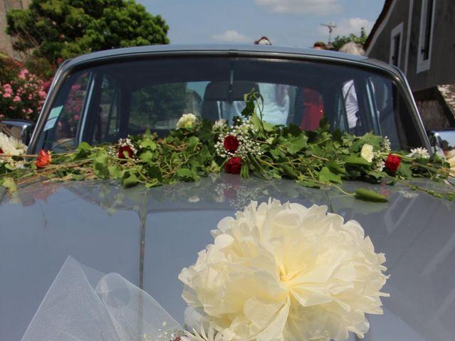 Le mariage de Pierre et Sarah à Lamothe-Montravel, Dordogne 4
