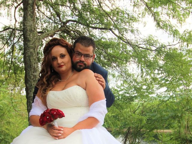 Le mariage de Pierre et Sarah à Lamothe-Montravel, Dordogne 10