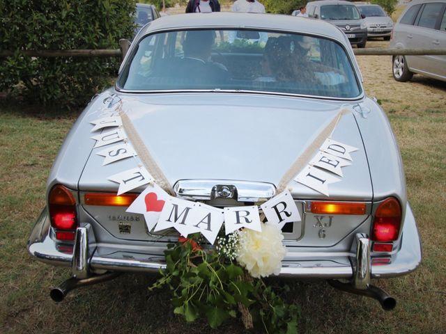 Le mariage de Pierre et Sarah à Lamothe-Montravel, Dordogne 20