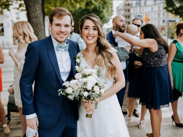 Le mariage de Olivier et Lydia à Paris, Paris 6