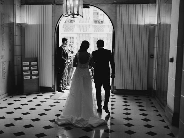 Le mariage de Olivier et Lydia à Paris, Paris 38