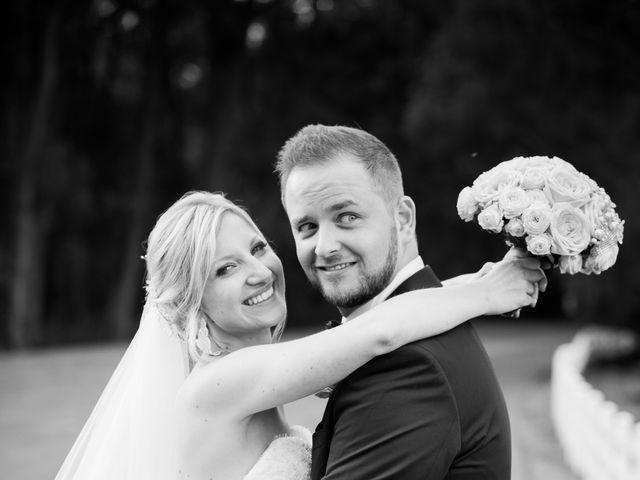 Le mariage de Guillaume et Mathilde à Verlinghem, Nord 13