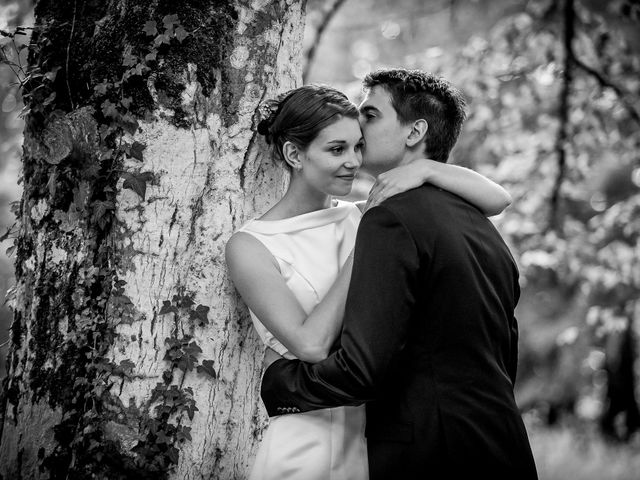 Le mariage de Sébastien et Amélie à Vouillé, Vienne 35
