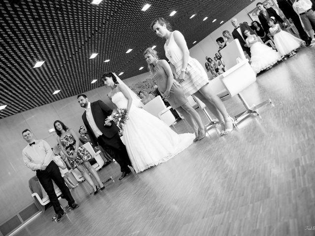 Le mariage de Julien et Laëtitia à Renage, Isère 7