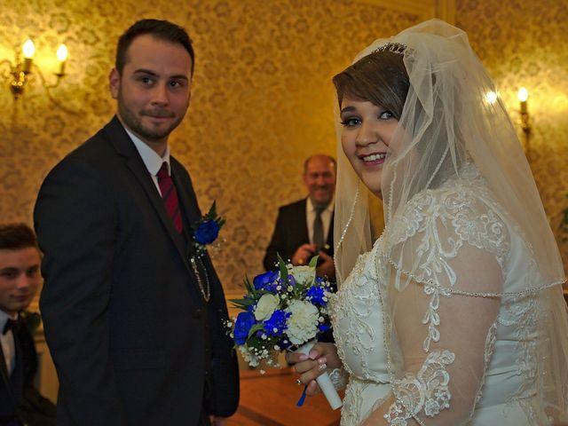 Le mariage de Florian et Rose à Saint-Chamond, Loire 1