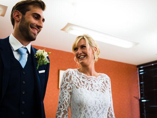 Le mariage de Thomas et Julie à Genouilleux, Ain 9