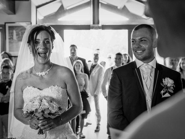 Le mariage de Loïc et Emilie à Montguyon, Charente Maritime 7
