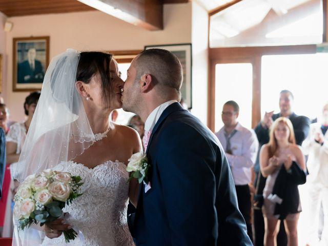 Le mariage de Loïc et Emilie à Montguyon, Charente Maritime 8