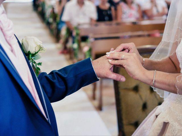 Le mariage de Loïc et Emilie à Montguyon, Charente Maritime 12