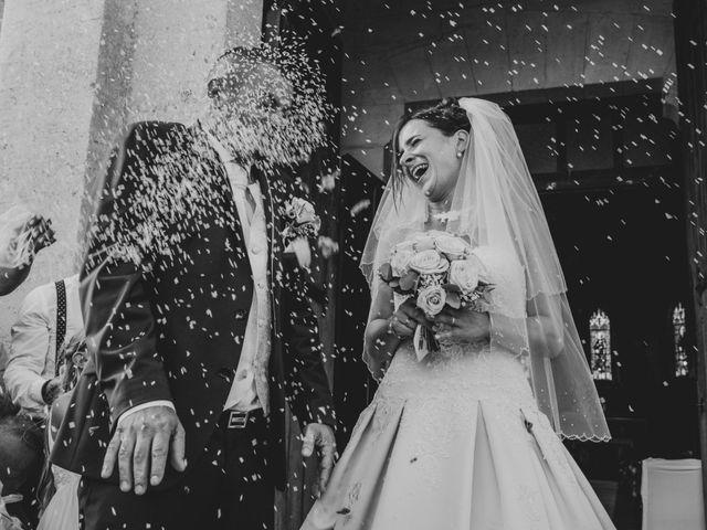 Le mariage de Loïc et Emilie à Montguyon, Charente Maritime 15