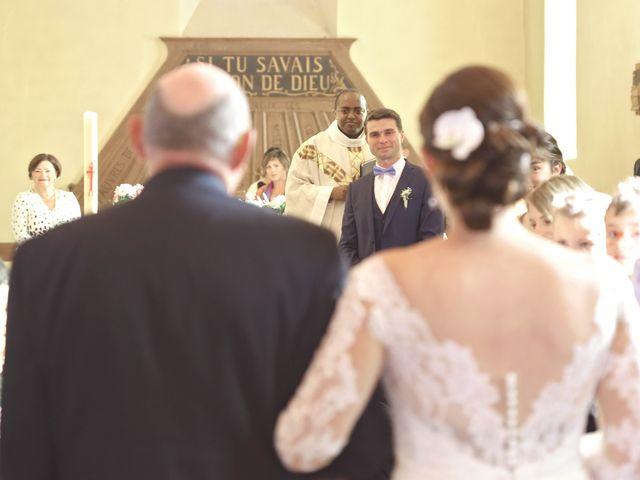 Le mariage de François et Sophie à Étaux, Haute-Savoie 16