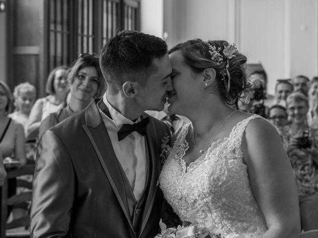 Le mariage de Jérémy et Mélissa à Saint-Savin, Gironde 14