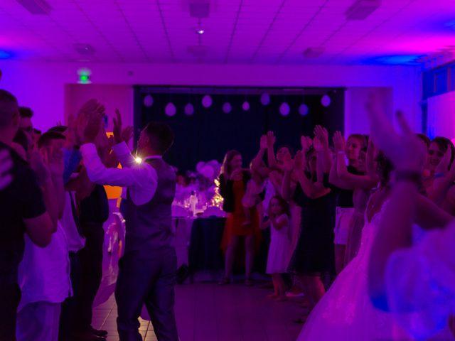 Le mariage de Jérémy et Mélissa à Saint-Savin, Gironde 26