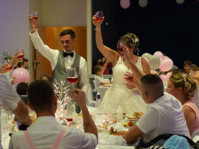 Le mariage de Jérémy et Mélissa à Saint-Savin, Gironde 28