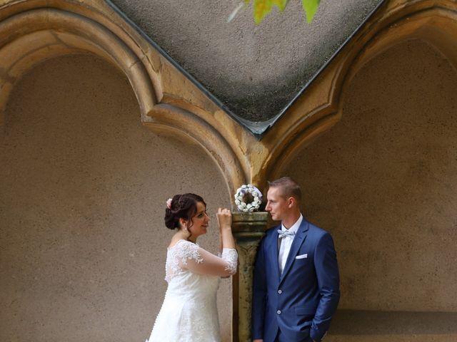 Le mariage de Gaetan  et Marion à Boulay-Moselle, Moselle 12