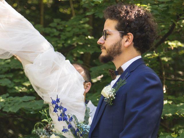 Le mariage de Nicolas et Amandine à Marmanhac, Cantal 18