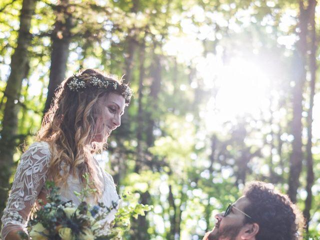 Le mariage de Nicolas et Amandine à Marmanhac, Cantal 22