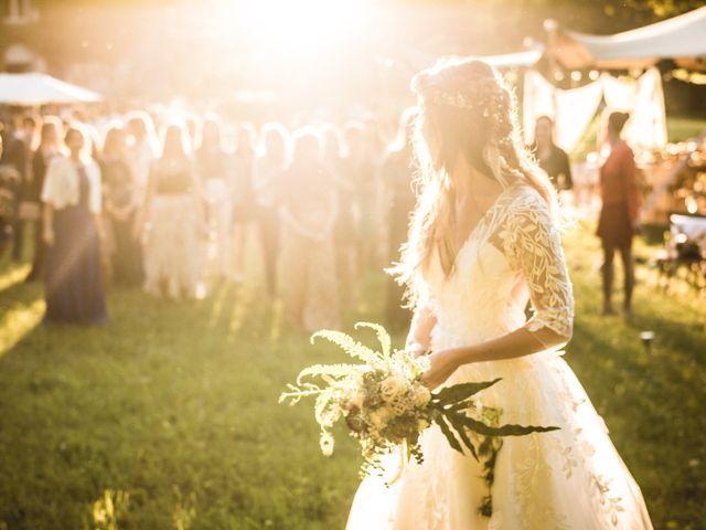 Le mariage de Nicolas et Amandine à Marmanhac, Cantal 30