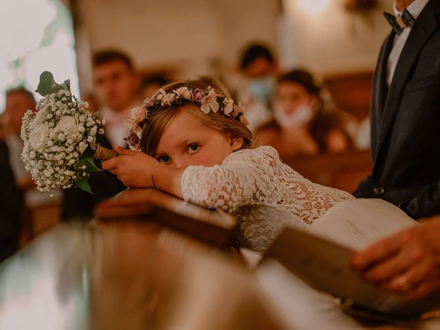 Le mariage de Matt et Elodie à Saint-Denis-de l'Hôtel, Loiret 25