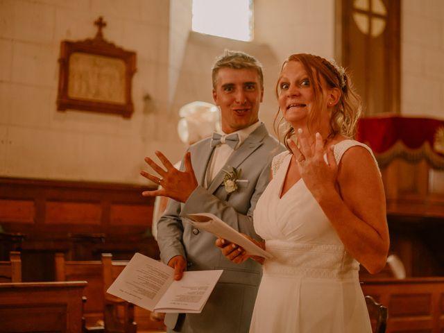 Le mariage de Matt et Elodie à Saint-Denis-de l'Hôtel, Loiret 29