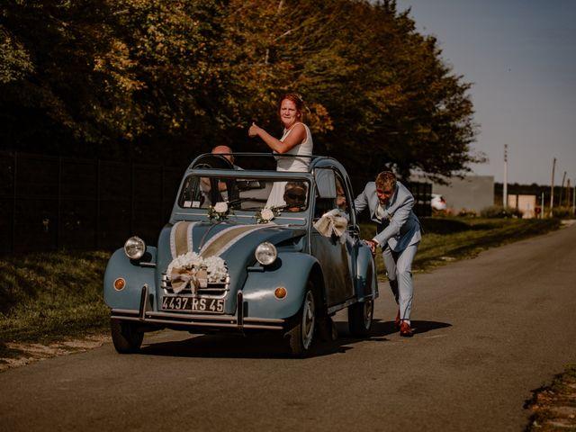 Le mariage de Matt et Elodie à Saint-Denis-de l'Hôtel, Loiret 31