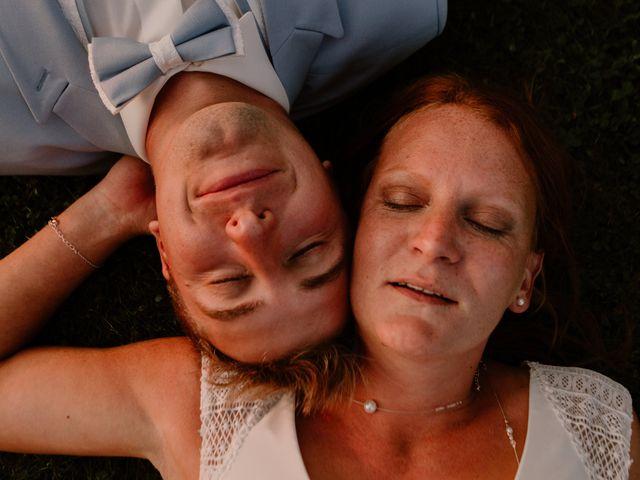Le mariage de Matt et Elodie à Saint-Denis-de l'Hôtel, Loiret 47