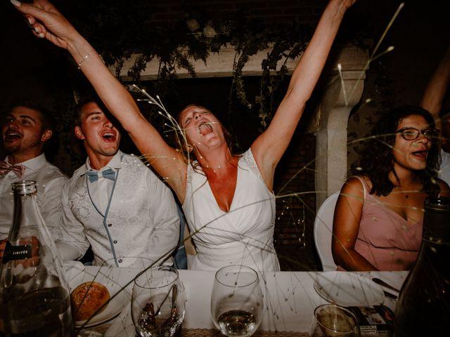 Le mariage de Matt et Elodie à Saint-Denis-de l'Hôtel, Loiret 51
