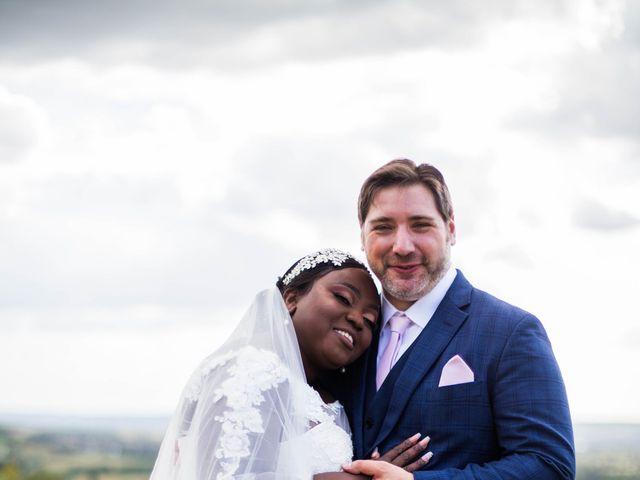 Le mariage de Pierre et Émilienne à Saint-Pierre-du-Vauvray, Eure 96