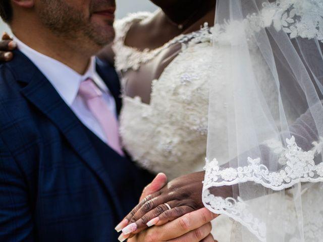 Le mariage de Pierre et Émilienne à Saint-Pierre-du-Vauvray, Eure 108
