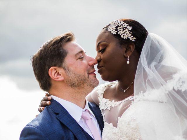 Le mariage de Pierre et Émilienne à Saint-Pierre-du-Vauvray, Eure 110