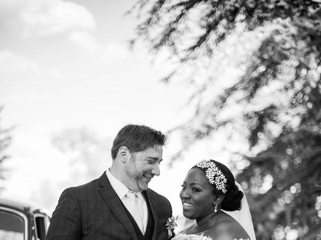 Le mariage de Pierre et Émilienne à Saint-Pierre-du-Vauvray, Eure 147