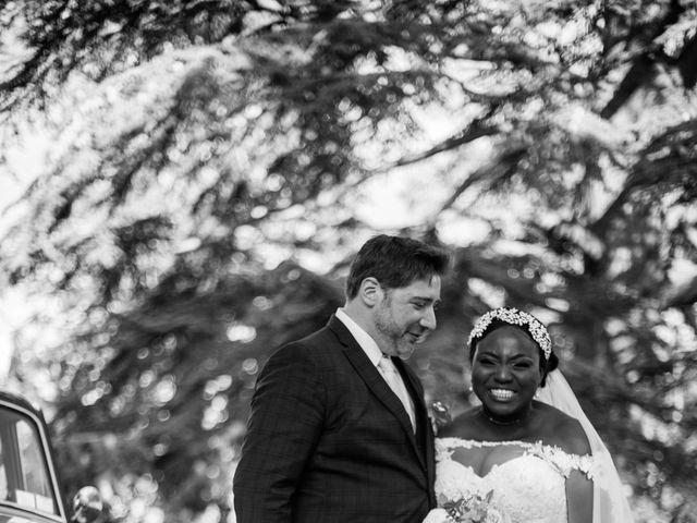 Le mariage de Pierre et Émilienne à Saint-Pierre-du-Vauvray, Eure 149