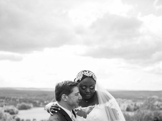 Le mariage de Pierre et Émilienne à Saint-Pierre-du-Vauvray, Eure 175