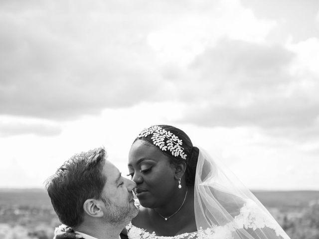Le mariage de Pierre et Émilienne à Saint-Pierre-du-Vauvray, Eure 176