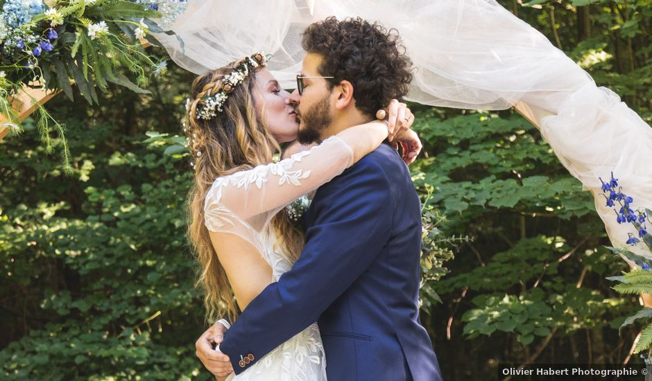 Le mariage de Nicolas et Amandine à Marmanhac, Cantal