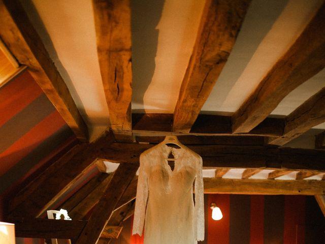 Le mariage de Julien et Mariana à Beaulieu-sur-Loire, Loiret 3