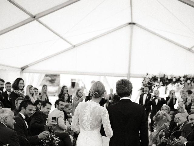 Le mariage de Julien et Mariana à Beaulieu-sur-Loire, Loiret 21