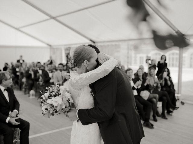 Le mariage de Julien et Mariana à Beaulieu-sur-Loire, Loiret 29