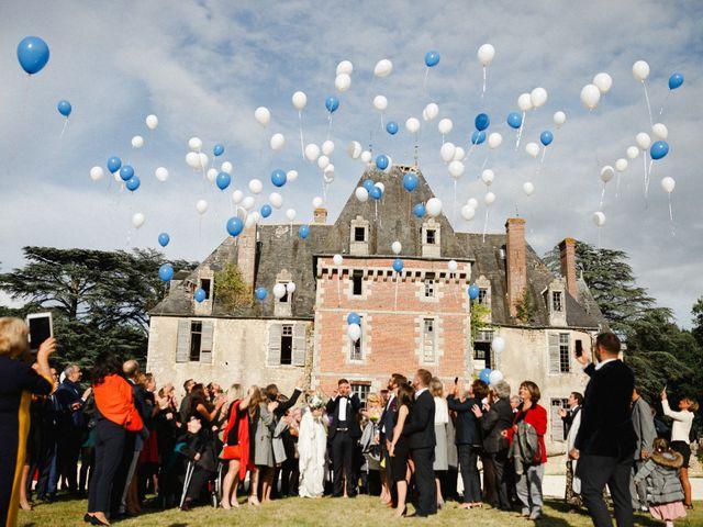 Le mariage de Julien et Mariana à Beaulieu-sur-Loire, Loiret 33