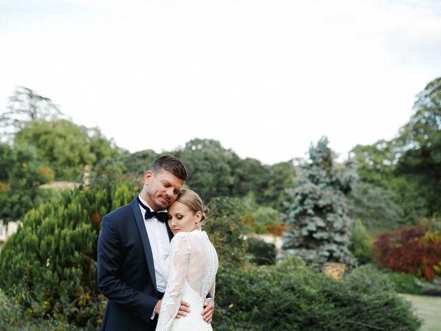 Le mariage de Julien et Mariana à Beaulieu-sur-Loire, Loiret 37